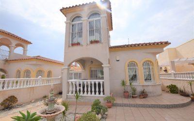 Detached Villa in Lo Crispin